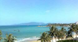 """Vẻ đẹp """"hoang sơ"""" biển Hải Tiến, Thanh Hóa"""